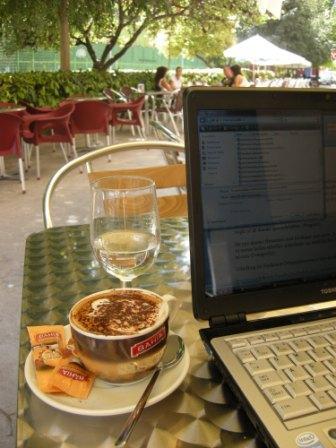 På arbejde i Valencia - det kan være meget inspirerende at skifte rammer en gang imellem.